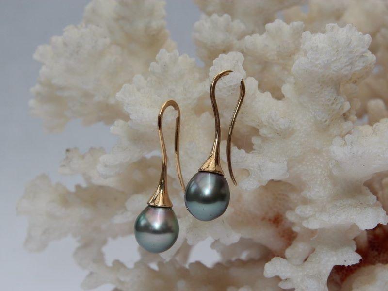 boucles d 39 oreilles en or avec perle noire tahitimagicpearl bijoux de perles de culture. Black Bedroom Furniture Sets. Home Design Ideas